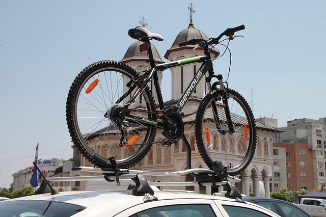 Kerékpárszállító autóra