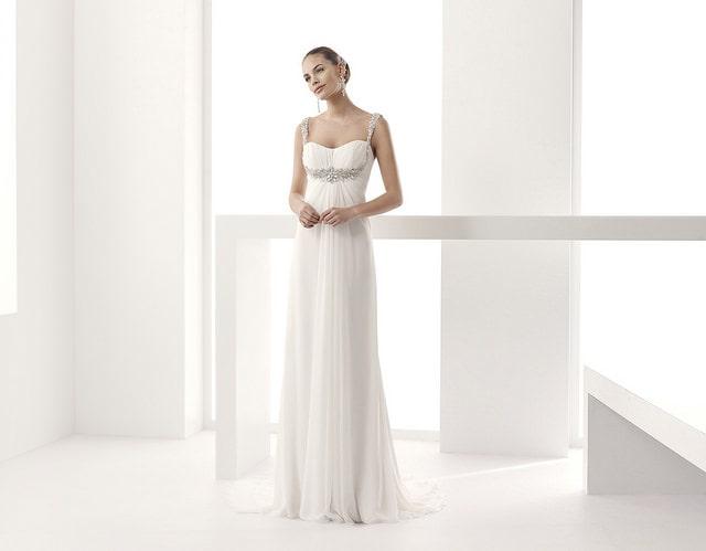 legújabb esküvői ruha kollekciók
